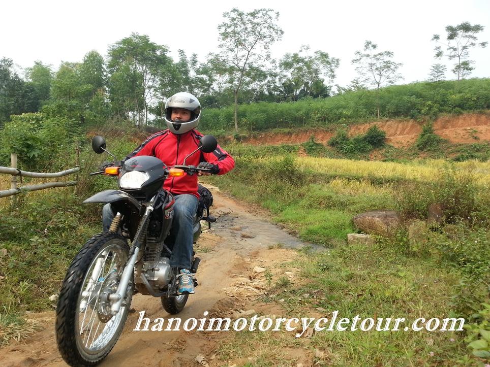 Vietnam Motorbike Tour Ho Chi Minh Trail 7 Days | HanoiMotorcycleTour