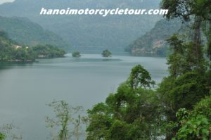 ba be lake vietnam motorbike