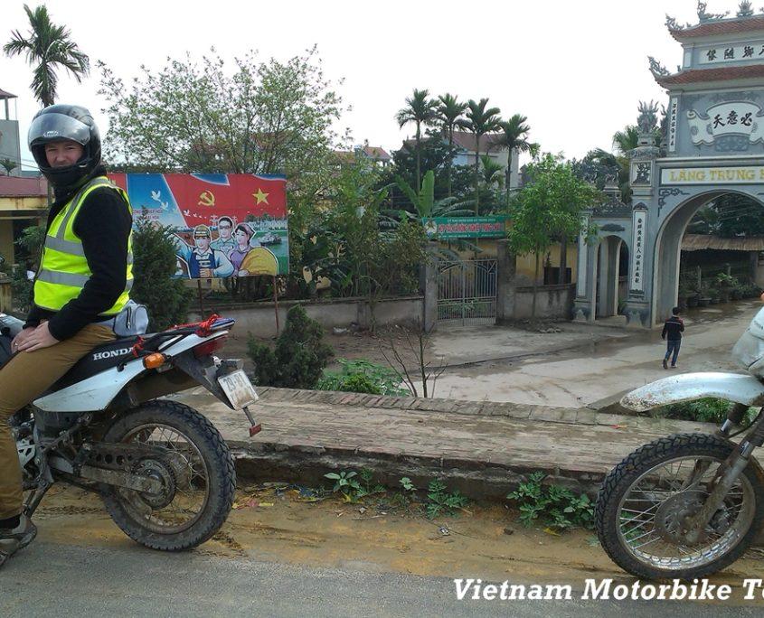 hanoi motorcycle tours vietnam motorbike tours hanoi. Black Bedroom Furniture Sets. Home Design Ideas